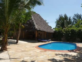 Swahili Bungalow with Shared Pool, Paje