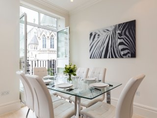 118. Covent Garden Collection - Flat 8 - 3BR 3BA, London