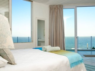 C'est La Vie Beach House, Durban