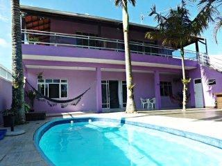 Casa com piscina em Mariscal Bombinhas L01