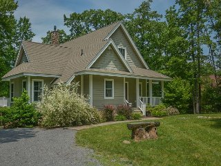 Picturesque 3 Bedroom Home offers luxury accomodations in a tranquil setting!