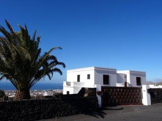 Luxury Villa in La Asomada with private pool