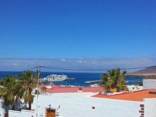 Vistas desde la casa al muelle de Morro Jable