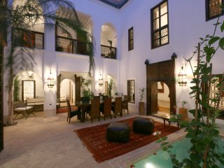 Dar Shariq luxury private rental wifi pool privacy, Marrakesch