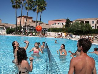 LOCATION STUDIO 4 PERSONNES  DOMAINE PRIVE PISCINE, Saint-Raphael