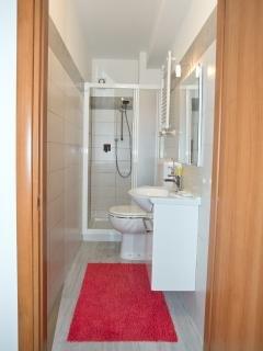 bagno camera matrimoniale standard