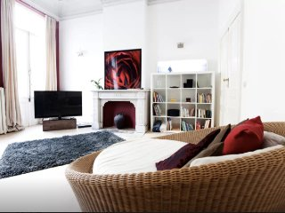 Beautiful flat in period house near EU offices, Brussel