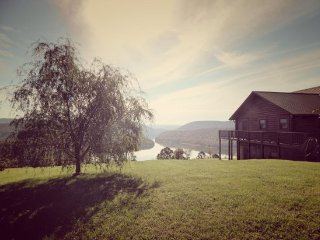 Lakeview Lodge, New Tazewell