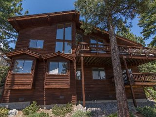 Spacious Dollar Point Home With Gorgeous Lakeviews 4bd/3.5ba, Tahoe City