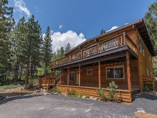 Spacious And Sunny Lakeview Family Home In Dollar Point 4bd/2ba, Tahoe City