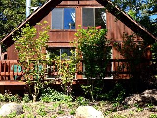 Adorable Family Home With A Loft, Dollar Point HOA Amenities Included 4bd/2ba, Tahoe City