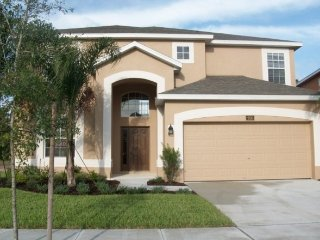 Well Priced 6 BR 4 Bath WATERSONG pool home with game room from $115/night