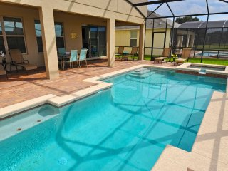 Gorgeous 7BR 6Bath pool home with game room & 4 King 2 Queen beds from $195/nt