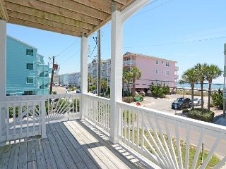Cool Surf - 5 Bedroom Oceanview Duplex Sleeps 12, Carolina Beach
