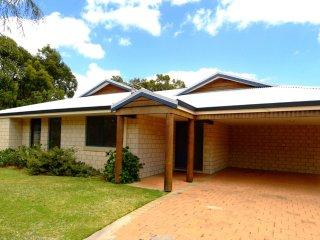 2 Bushland Close Dunsborough