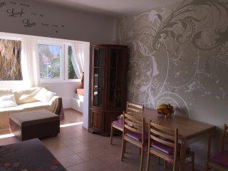 Apartment with mountain view, Costa del Silencio