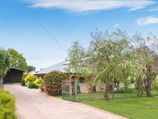 27 Chester Way Dunsborough