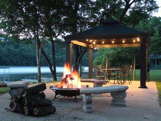 Driftwater Resort  (Cabin 8 )