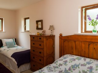 Barrow room King & Single bed + en-suite. Free Wifi and Smart TV. Tea & Coffee making facilities.