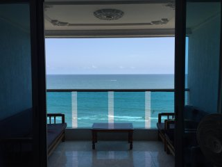 Nice Ocean Front Apartment in Bocagrande
