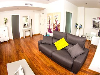 Ribera Apartment: quiet, close to Town Hall, WiFi, Valencia