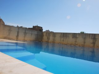 Ta Pawlu Farmhouse in Sannat Gozo 4 Bed Sleeps 14