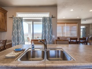 LP2107 - 3 BD / 2 BA, Saint George