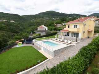 Villy Holly near Opatija with private pool and great sea view