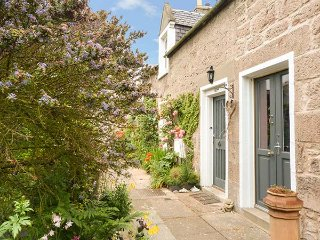 COORIE DOON, open fire, ground floor bedroom, Nairn, Ref 934120