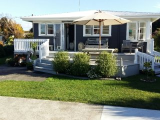 Coast and Country - Vintage Village, Waihi