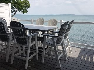 Incredible New Put-in-Bay Condo - 2 Floors, 4 BR on the Water - 12 ppl max, Put in Bay