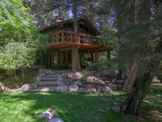 Treehouse Cabin on the Stream, Sundance