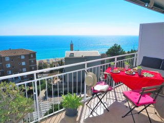 NURIA SEAVIEW & BEACH-apartment, Barcelona