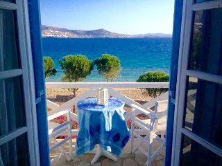 Niriides Studios- sleep 3 - ON Krios beach, Paros