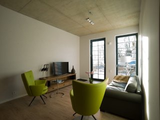Vacation Apartment in Brandenburg an der Havel - 926 sqft, central, modern, spacious (# 9653)