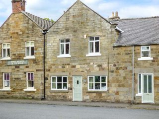 THE OLD POST OFFICE en-suites, Smart TV, WiFi in Rosedale Abbey Ref 937421, Pickering