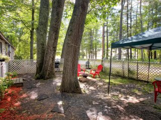 New Listing! Cute 1BR Gilford Cottage w/Wifi, Fire Pit & Fantastic Scenery - Near Many Amazing Shops, Restaurants & Outdoor Attractions!