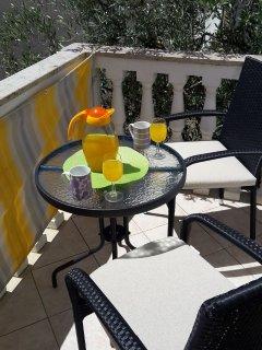 SA4(2): terrace