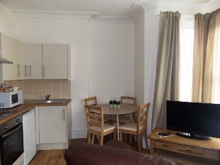 Two Bed Holiday Apartment, Porthcawl Town Centre