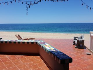 Casa Escuela 3 bedroom 3 bath beachfront home WiFi
