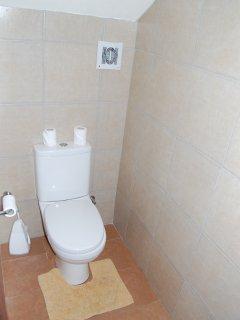 Spare Toilette Ground Floor