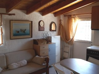 Apartment 150m. from the sandy beach in Saronida.