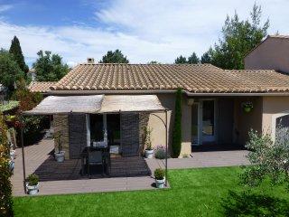 Villa avec SPA proche Gordes, Cabrieres-d'Avignon