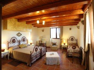 Tenuta Serravalle - Appartamento Il Gelso Bianco, Chiaramonte Gulfi