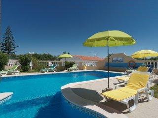 Calamus Blue Villa, Armação de Pêra, Algarve