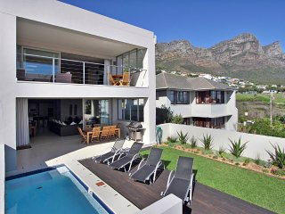 Cape Blue, Camps Bay