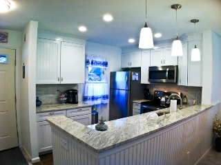 Renovated, straight stairscase, close to pool, A/C, Wi-Fi & 4 pool passess (fees apply) - TR0620, Brewster