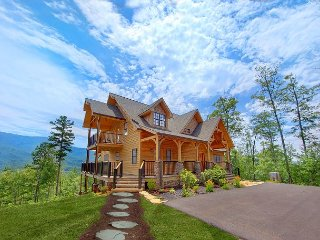 Amazing Panoramic Views from this Million Dollar+ Cabin, Gatlinburg