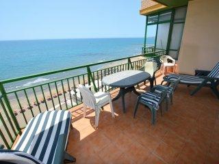 2 Bedroom Seafront Apartment / Primera Linea!!, Fuengirola