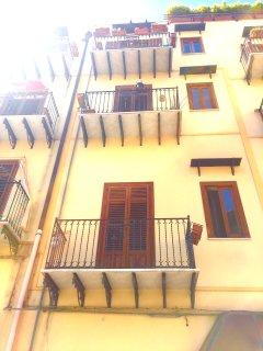 House of Claire Palermo'sCentre Arab Quarter Kalsa